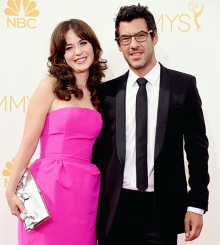 1409014662_zooey-deschanel-jacob-pechenik-lg